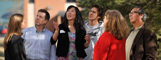 Admissions Counselor giving a group of visitors a tour of the Duluth Campus.