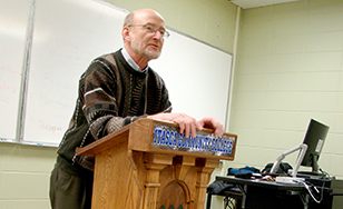 Robert Hartl teaches a class at Itasca Community College in this file photo.