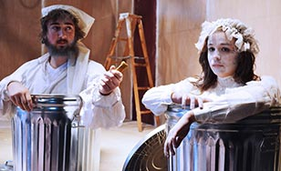 Luc Schlosser as Nagg and Cassidy Jayne as Nell