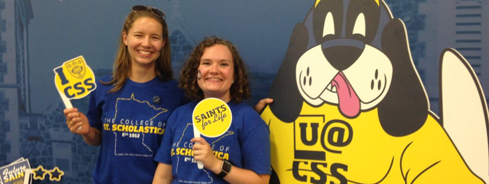 St. Scholastica volunteers at the Minnesota State Fair
