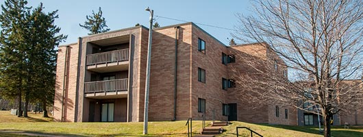Exterior photo of Maple Hall at St. Scholastica