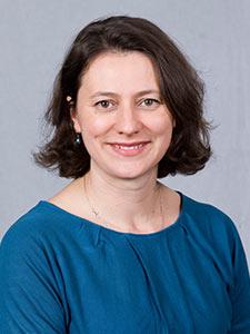 Portrait of Jen Rosato